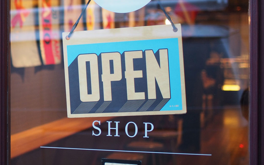 Open Shop - Stimmen Ihre Öffnungszeiten? (Bild: Photo by Mike Petrucci on Unsplash)