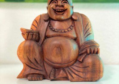Lachender Buddha verbreitet gute Laune
